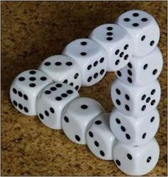 Easy to stack dice like this, isn't it.