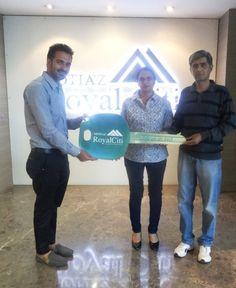 #MotiazRoyalCiti: Possession Update #3BHKFlatsinZirakpur with Bimla Sheoran & Dr. Mahender Singh