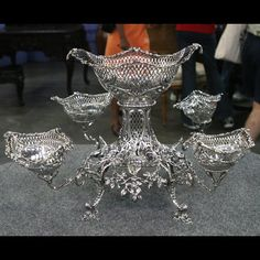 1768 Thomas Pitts Silver Epergne. Appraised Value: $15,000 - $20,000 #fall #foliage #silver #vintage