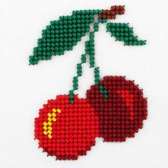 Xmas Cross Stitch, Cross Stitch Kitchen, Simple Cross Stitch, Handmade Crafts, Diy And Crafts, Crafts For Kids, Cross Stitch Designs, Cross Stitch Patterns, Peacock Mehndi Designs