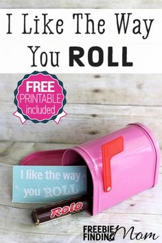 I Like the Way You Roll DIY Valentine's Day Gift - Simply grab a roll or two of Rolos (feel free to substitute for their favorite rolled candy), a charming container, and this free printable gift tag. Valentines Day Food, Homemade Valentines, Valentine Day Crafts, Be My Valentine, Secret Valentine, Valentine Ideas, Valentine Decorations, Happy Hearts Day, Free Printable Gift Tags