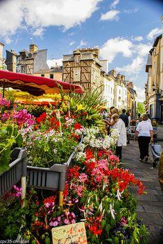 Marché des Lices RENNES, par CPX35, via Flickr.