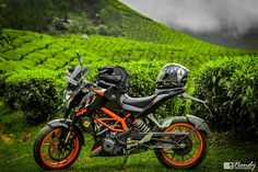 """Atul, who is a passionate KTM Duke rider shares his experience about the beloved bike. """"KTM Dukes have changed the biking scene like Bajaj Pulsar did a decade ago. It's a purely performance oriented bike for the enthusiast rider"""", he says Ktm Duke 200, Duke Bike, Dhoni Wallpapers, Abstract Iphone Wallpaper, Moto Bike, A Decade, Places To Visit, Journey, Scene"""