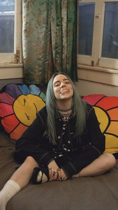 Celebs How much is Billie Eilish Worth ? Billie Eilish, Album Cover, Favorite Person, Music Artists, My Idol, Tyler Joseph, Love Her, Queen, Kawaii