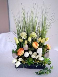 Wielkanocny stroik trawy i tulipany nr. 166 Ikebana, House Party, Easter, Table Decorations, Ornaments, Spring, Plants, Diy, Home Decor