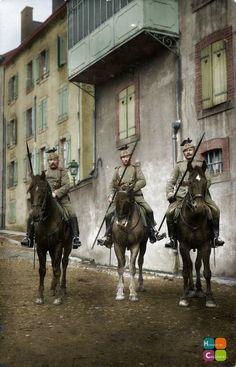 3 Ulhans en patrouille … Regiment Nr.20 (Source: Paranoid_Womb Flickr Collection, http://www.flickr.com/photos/paranoid_womb/8388036962/)