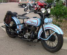 Harley Davidson ✏✏✏✏✏✏✏✏✏✏✏✏✏✏✏✏ IDEE CADEAU ☞ http://gabyfeeriefr.tumblr.com/archive ..................................................... CUTE GIFT IDEA ☞ frenchvintagejewelryen.tumblr.com ✏✏✏✏✏✏✏✏✏✏✏✏✏✏✏✏