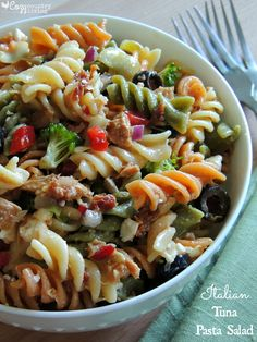This simple and yummy Italian Tuna Pasta Salad is great for lunch an after school snack or a family get together or BBQ! Tuna Salad Pasta, Pasta Salad Recipes, Fish Salad, Tuna Recipes, Cooking Recipes, Healthy Recipes, Healthy Food, Chicken Recipes, Italian Tuna