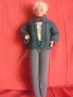 Knitting Patterns Free, Free Knitting, Barbie And Ken, Crochet Clothes, Leg Warmers, Doll Clothes, Fur Coat, Celebs, Articles