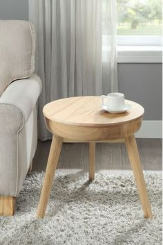 San Francisco Lamp Table By Jual Square Side Table, Round Side Table, Side Tables, San Francisco Coffee, Smart Table, Mid Century Living Room, Living Room Furniture, Furniture Chairs, Solid Oak