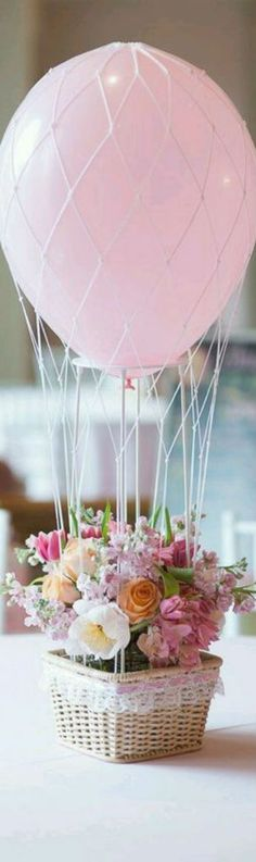 Adorable hot air balloon centerpieces for a party