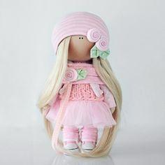 #conne_dolls