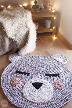 maci szőnyeg