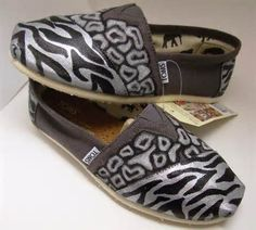 Image detail for -Hand-painted Giraffe Print TOMS