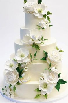 42 Spectacular Buttercream Wedding Cakes ❤ buttercream wedding cakes white flower cake #weddingforward #wedding #bride Buttercream Wedding Cake, Buttercream Flowers, Buttercream Frosting, White Wedding Cakes, Beautiful Wedding Cakes, Perfect Wedding, Summer Beauty, White Flowers, Cake Decorating