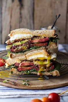 Bourbon Caramelized Bacon and Heirloom Tomato BLT with Fried Egg and Smoked Gouda and the Greatest Sandwich Recipes Soup And Sandwich, Sandwich Recipes, Chicken Sandwich, Blt Recipes, Reuben Sandwich, Sandwich Ideas, Tofu Recipes, Cheese Recipes, Cheesecake Recipes