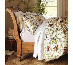 Sleigh Bed. Love.