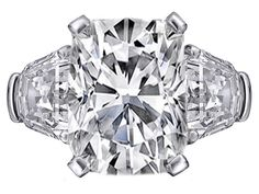 Engagement Ring - Large Cushion cut Diamond Engagement Ring with Shield cut side Diamonds in Platinum - ES879CU