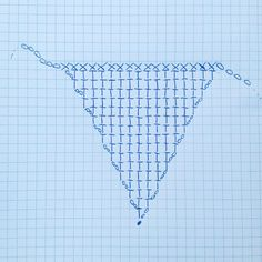 Use this chart to create a Half Double Crochet Bunting triangle for your Christmas Bunting