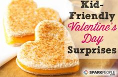 Kid-Friendly Valentine's Day Surprises Valentine's Day doesn't have to be all about chocolate and other decadent treats. Show the kids in your life how much you love them with simple, healthy snacks and heartfelt messages. Valentines Healthy Snacks, Valentines Day Treats, Valentines For Kids, Holiday Treats, Holiday Recipes, Holiday Fun, Valentines Baking, Holiday Foods, Valentines Surprise