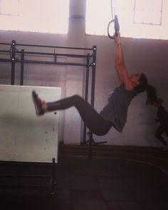 Follow your flow! #athenslionsbox #wearestrong #wearelions #crossfitgirls #crossfit #crossfitcommunity #crossfitgames #crossfitgymnastics #gymnasticrings #gymnastics #crossfitlife #functionaltraining #traininsane #gohard #fitnessmotivation #fitness #fitnessaddict #lovemyjob #happy