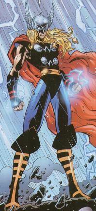 Thena, hija de Thor en el Universo MC2. En el futuro los hijos de los superhéroes forman los Avengers Next. Aparición en el #2.