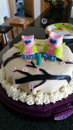 Himbeer Mascarpone Torte mit Marzipandecke