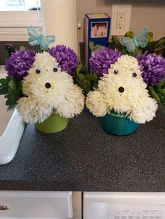Dog in a flower pot. Centerpieces for my daughter's puppy themed birthday party #diy #puppy #centerpiece