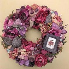 Autumn Wreaths, Christmas Wreaths, Christmas Decorations, Holiday Decor, Wreaths And Garlands, Deco Floral, Diy Arts And Crafts, Mosaic Art, Burlap Wreath