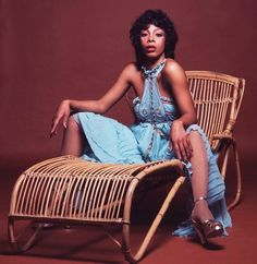 Donna Summer Was the Queen of Disco: See Photos of Her Wild Disco Fashions in the ~ vintage everyday Disco Fashion, 70s Fashion, Vintage Fashion, Dance Music, Dona Summer, Mode Disco, Summer Journal, Musica Disco, Disco Funk
