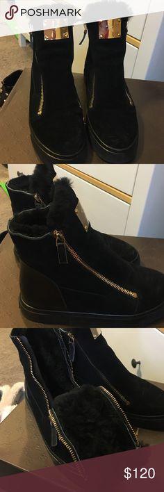Sneaker Super super super warm!!! 99%new has GZ logo but not GZ Giuseppe Zanotti Shoes Sneakers