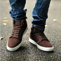 High-top shoes skateboarding shoes attached the skates male shoes boots spring men's shoes male leather $29.43