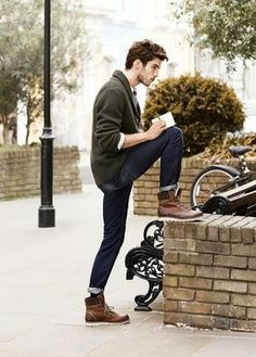There are all kinds of men's boot styles from chelseas to chukkas and work boots to dress boots. This article is a deep dive on 7 awesome boot styles for men. //   So, do want to know one of the easiest ways to look like you know a thing or two about style this fall and winter season? Upgrade your boot game.  winter boots, boots for fall, best boots, brown boots, black boots, mens boots, selvedge denim, flannel, flannel shirt, rugged style, casual style  #boots #bootstyles #moctoe Green Cardigan Outfit, Shawl Cardigan, Sports Coat And Jeans, Look Fashion, Mens Fashion, Guy Fashion, Teen Boy Fashion, Winter Fashion Boots, Rugged Style
