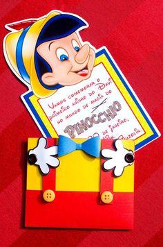 """O tema não poderia ser mais perfeito para o primeiro aniversário do pequeno Davi: repleto de magia e encantamento. """"Os anfitriões me deixaram à vontade para definir o estilo da decoração, apenas so… Dumbo Birthday Party, One Year Birthday, 3rd Birthday Parties, Boy Birthday, Pinocchio, Class Decoration, 1st Birthdays, Party Invitations, Cards"""