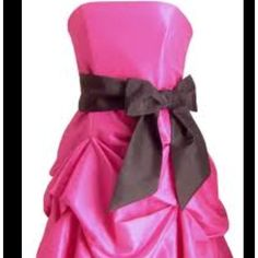 LOVE!!! This is def gonna be my bitches, I mean Bridesmaid's Dresses but black with the pink bow!!!