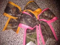 dang coulda used these last year Camo Bows, Pink Camo, Cheer Hair, Cheer Bows, Country Girl Life, Country Girls, Mossy Oak Camo, How To Make Bows, How To Wear