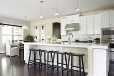 The Progress Lighting Fortune collection breathes sophistication and elegance into settings. Kitchen Counter Stools, Kitchen Dining, Kitchen Decor, Kitchen Ideas, Dining Room, Apartment Kitchen, Kitchen Interior, Luxury Kitchens, Home Kitchens