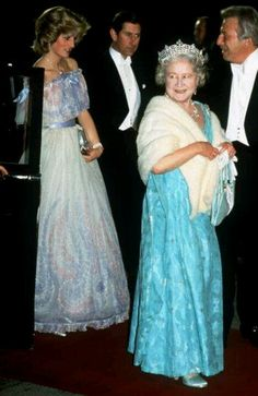 19 Nov 1984: Princess Diana and Prince Charles with The Queen Mother at the Royal variety performance