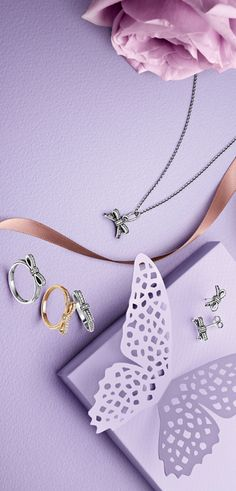 The cute new bow jewellery is inspired by #PANDORA's iconic ribbon. These feminine and fashionable pieces are a perfect indulgence for both day and night time. Will you be adding a bow to your collection?   http://www.pandora.net/   Product no.: 390357CZ, 290555CZ, 190906CZ, 150175CZ  176 Broadway, NYC 212-732-0890