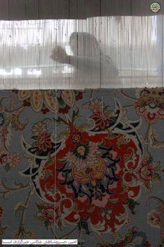 weaving persian rug, Iran… handwoven carpet