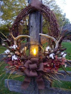 For the past 3 yrs. I've been making a new deer antler wreath in the fall. So what better time than a burlap challenge to try An oblong, grapevine… Fall Wreaths, Christmas Wreaths, Christmas Crafts, Christmas Decorations, Rustic Wreaths, Xmas, Western Wreaths, Halloween Mesh Wreaths, Ribbon Wreaths