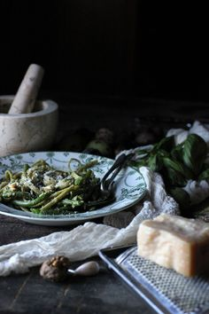 Pasta with Pesto and Green Beans - use nutritional yeast or vegan cheese