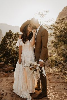 This adventure-loving couple celebrated ten years together with a scenic inspiration shoot at the tip of the Canyon Trail Overlook in Zion National Park. Breathtaking views and windswept moments set the scene for this bohemian inspiration shoot. See more wedding inspiration at rusticweddingchic.com | Photo: @claudianoellephoto Woodland Wedding, Boho Wedding, Rustic Wedding, Wedding Ideas, Zion National Park, National Parks, Bohemian Wedding Inspiration, Bridal Photoshoot, Boho Bride
