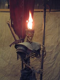 Flaming Hot Head - Skeleton Sentry Torch - by Eerie at halloween forum
