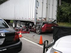 Is This Corvette Crash Photo a Result of Texting While Driving? Texting While Driving, Distracted Driving, Drunk Driving, Dont Text And Drive, Auto Collision, 1st Responders, Big Rig Trucks, The Dark World, Automobile