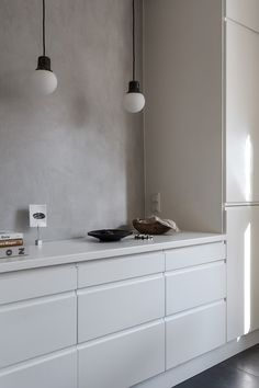 60 Awesome Scandinavian Kitchen Decor and Design Ideas - InsideDecor Minimalist Kitchen, Minimalist Decor, Kitchen Interior, Kitchen Decor, Kitchen Ideas, Interior Modern, Interior Design, Interior Ideas, Country Look