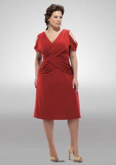 http://www.dicasemoda.com.br/vestidos-de-natal-e-ano-novo-para-gordinhas/ Vestidos de Natal e Ano Novo para Gordinhas