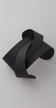 matte black cuff by Soo Ihn Kim. Soo Ihn Kim was co founded in New York by Kelly Bruggema. and Gisella Lemos , launching the brand in 2010 Leather Jewelry, Metal Jewelry, Jewelry Art, Jewelry Accessories, Fashion Accessories, Jewelry Design, Fashion Jewelry, Minimal Jewelry, Modern Jewelry