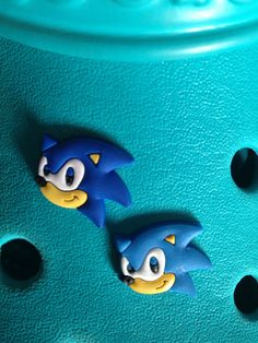 2 Sonic Shoe Charms For Crocs   Jibbitz Wristbands. Free UK P P 5b58d482d