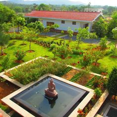 Galla residence near Tirupati, Andrha Pradesh, India. I think of this garden fairly often when considering garden design.